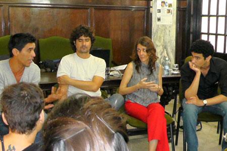Invitados al conversatorio. Abel Arcos, Fabián Suárez, Patricia Ramos, Sebastián Miló (de derecha a izquierda)