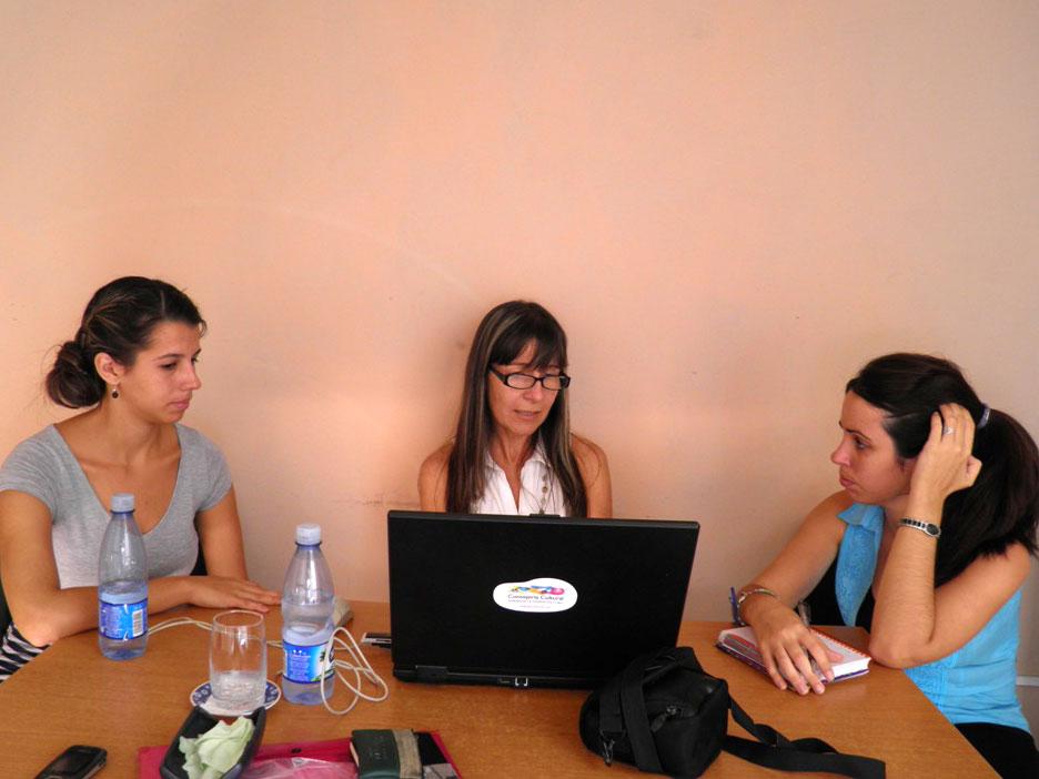 Beatriz Junco, Ibis Hernández Abascal y Claudia Taboada