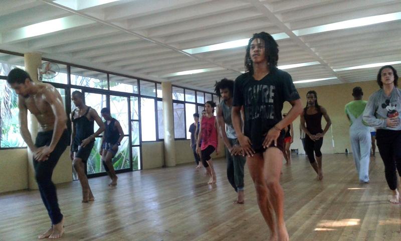 clase-tecnica-danza-contemporanea