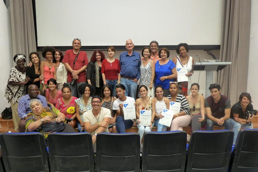 Foto de grupo Seminario Luc Chessex en Cuba, miradas de género